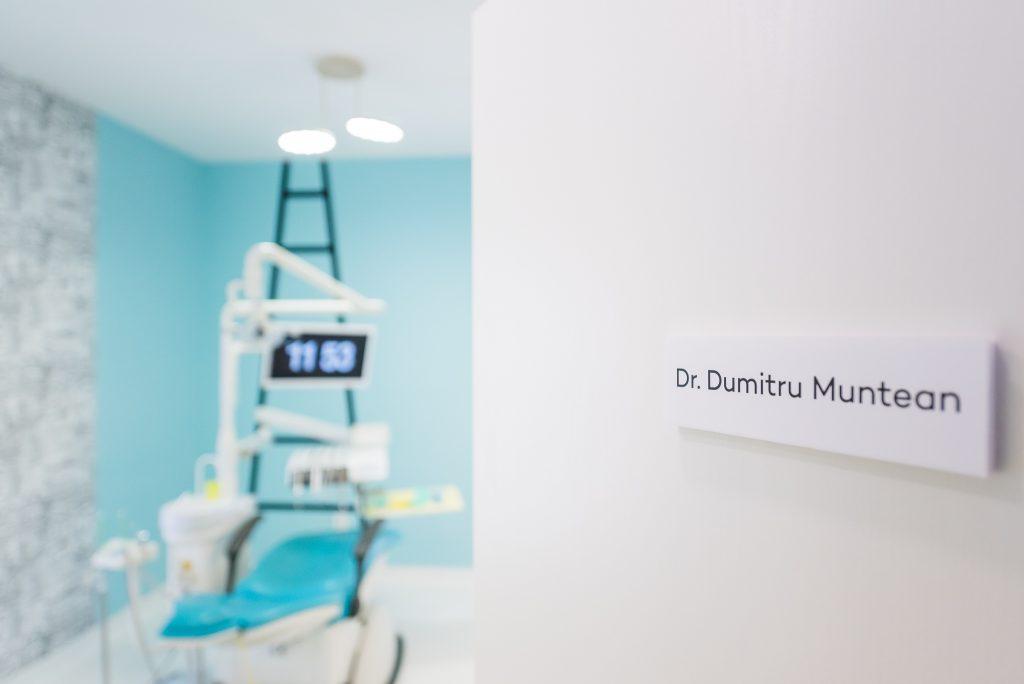 Dumitru Muntean dentist Cluj prima consultatie Manastur stomatolog