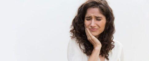 Durerea de dinți: cauze și soluții